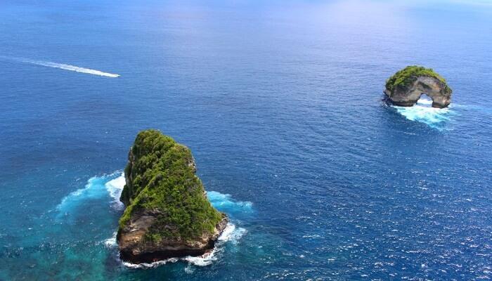 Banah Cliff Nusa Penida Spot terbaik untuk Selfie