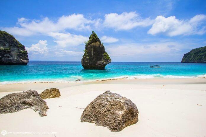 Mencari Tour Nusa Penida